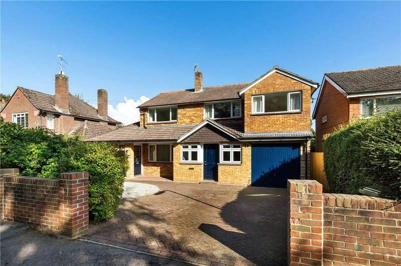 5 Bedrooms Detached House for sale in Godwin Close, Winchester, Hampshire, SO22