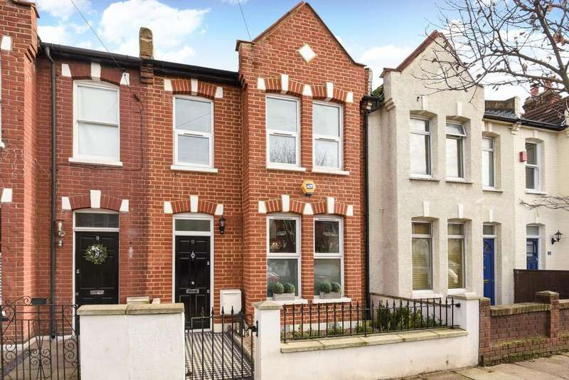 3 Bedrooms Terraced House for sale in Keble Street, Earlsfield, SW17