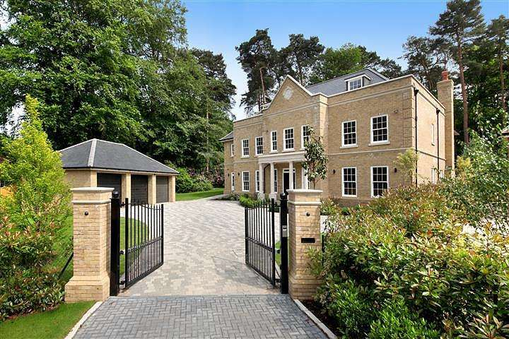 6 Bedrooms House for rent in The Glade, Woodend Drive, Sunninghill, Ascot, Berkshire, SL5