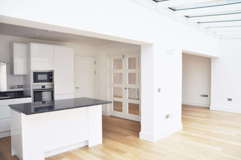 4 Bedrooms House for sale in Effra Road, Wimbledon, London, SW19