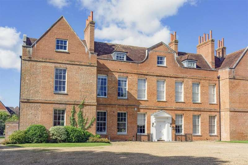 5 Bedrooms Country House Character Property for sale in Normandy, Guildford, Surrey