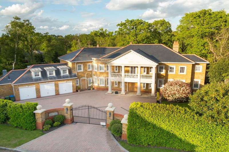 6 Bedrooms Detached House for sale in Oxshott