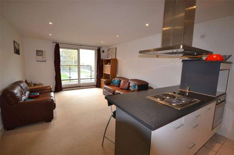 2 Bedrooms Apartment Flat for sale in Hartland House, Ferry Court, Cardiff Bay, Cardiff, CF11