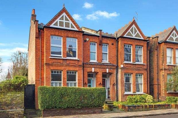 4 Bedrooms Semi Detached House for sale in Southwood Lane, Highgate Village, London, N6