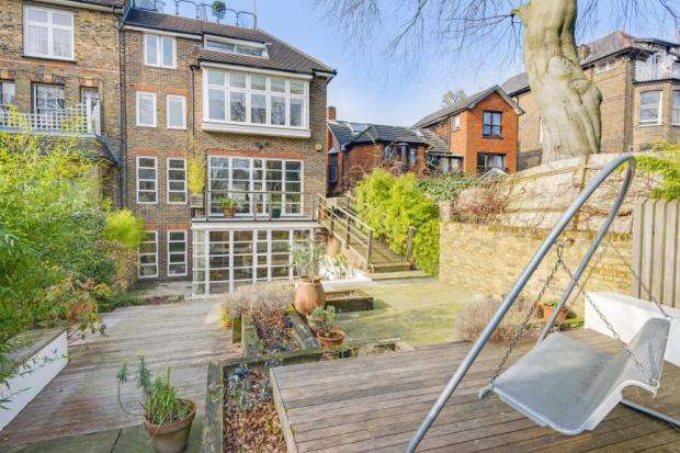 4 Bedrooms House for sale in Prince Arthur Road, London, NW3