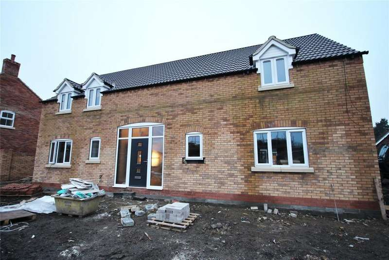 4 Bedrooms House for sale in Blacksmith Court, Stallingborough, DN41