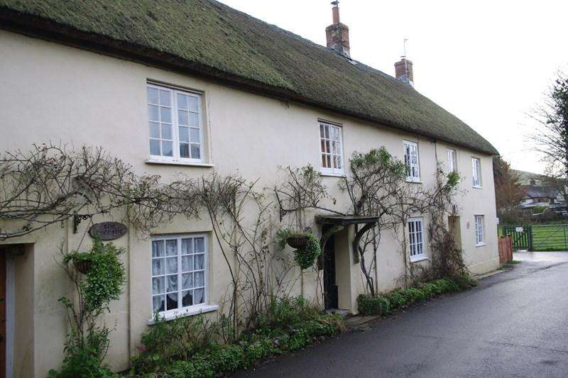 3 Bedrooms Cottage House for sale in Mill Lane, Chideock, Bridport
