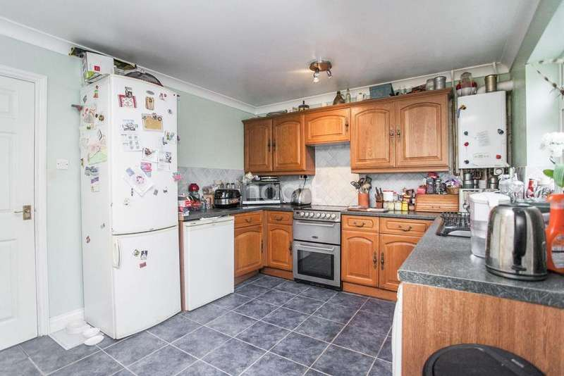 3 Bedrooms Terraced House for sale in Persardi Court, Holt Drive,
