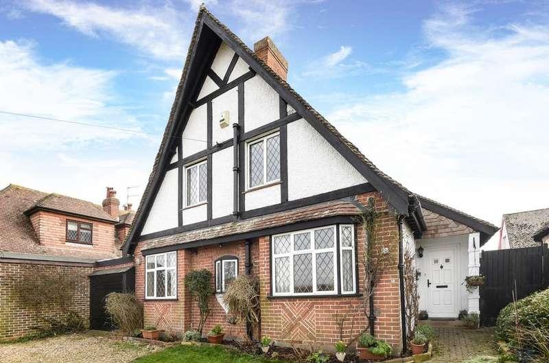 4 Bedrooms Detached House for sale in Hook Lane, Rose Green, Bognor Regis, PO21