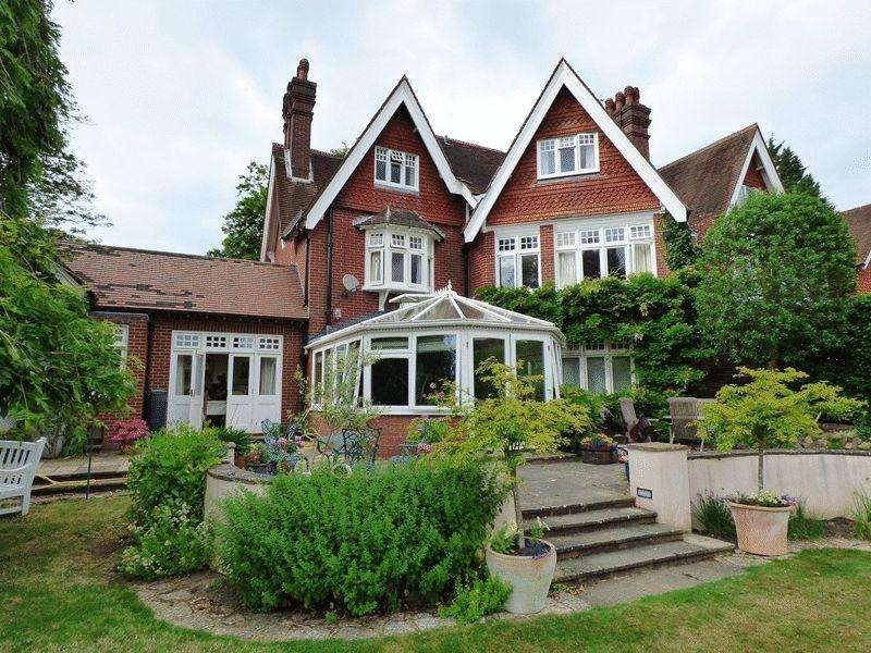 6 Bedrooms House for sale in Courtmead Road, Cuckfield