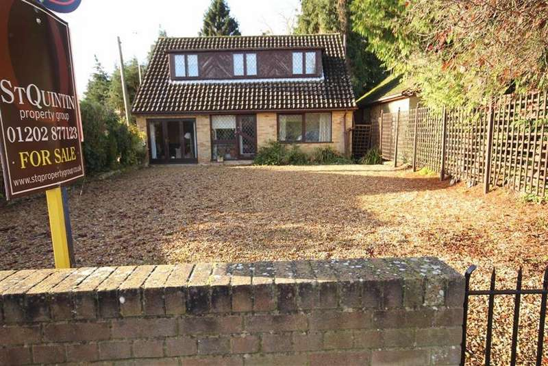 4 Bedrooms Detached Bungalow for sale in Seymour Road, Ringwood, Dorset