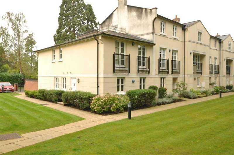2 Bedrooms Apartment Flat for sale in Northumberland Mews, Northumberland Road, Leamington Spa