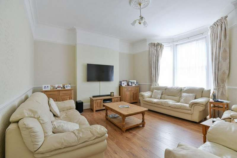4 Bedrooms Flat for sale in Alexandra Drive, Upper Norwood, SE19