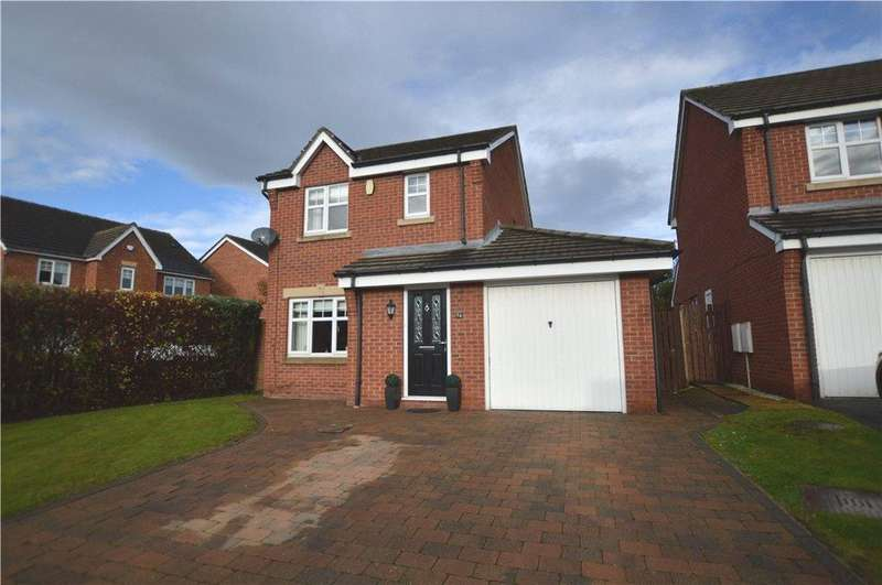 3 Bedrooms Detached House for sale in Balmoral Drive, Methley, Leeds, West Yorkshire