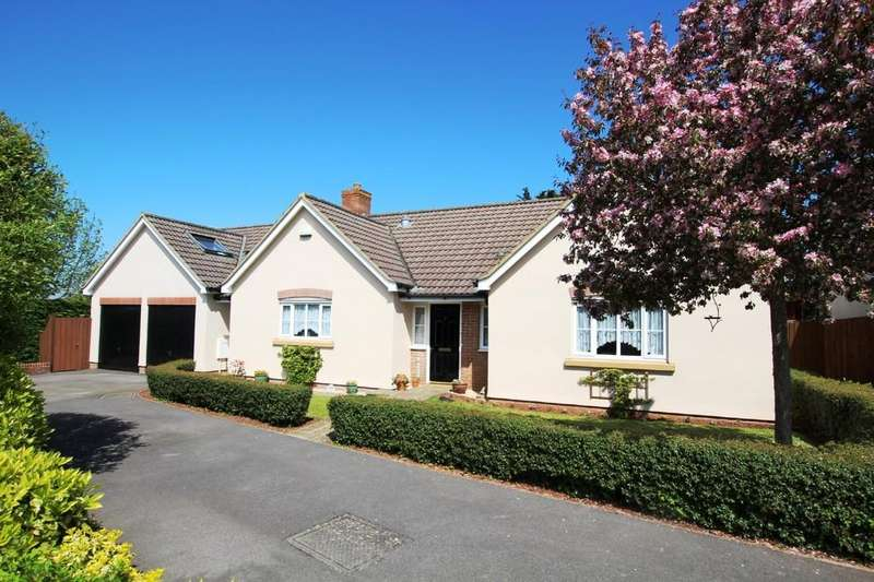 4 Bedrooms Detached Bungalow for sale in Observatory Field, Winscombe