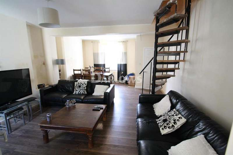 3 Bedrooms Terraced House for sale in King Street, Cwm, Ebbw Vale, Gwent