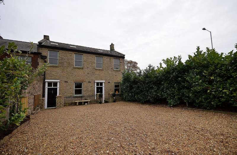3 Bedrooms Mews House for sale in Greave Fold Court, Sandy Lane