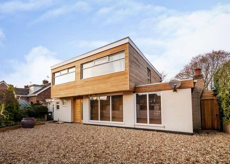 4 Bedrooms Detached House for sale in 1 Norman Road, Hatfield, Doncaster, DN7 6AF