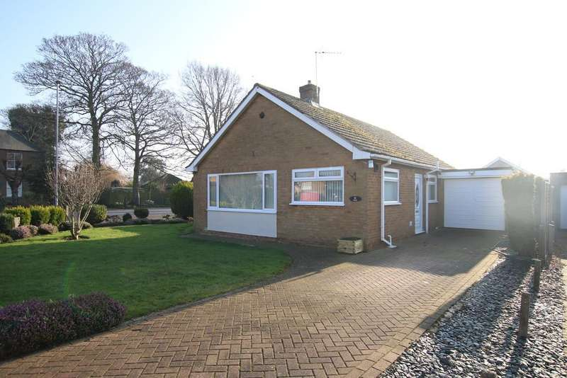 2 Bedrooms Detached Bungalow for sale in Elm Close, March