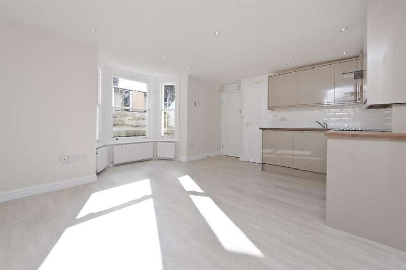 Studio Flat for sale in Rockley Road, Brook Green W14