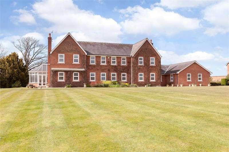 5 Bedrooms Detached House for sale in Erbistock, Wrexham