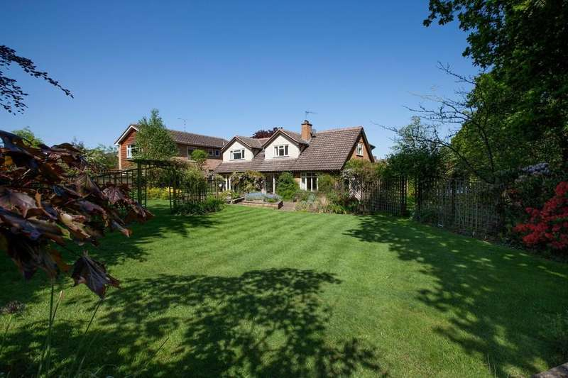 4 Bedrooms Detached House for sale in Rushbrook Lane, Tanworth-in-arden