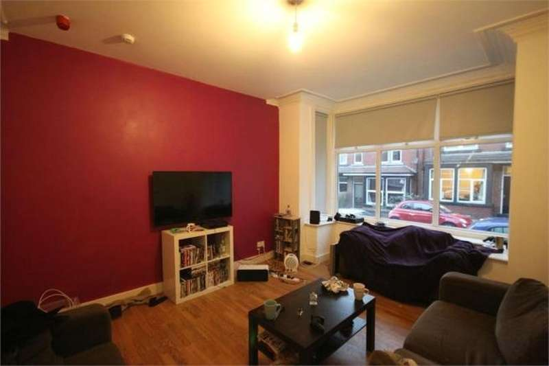 8 Bedrooms Terraced House for rent in Winston Gardens, Leeds, LS6