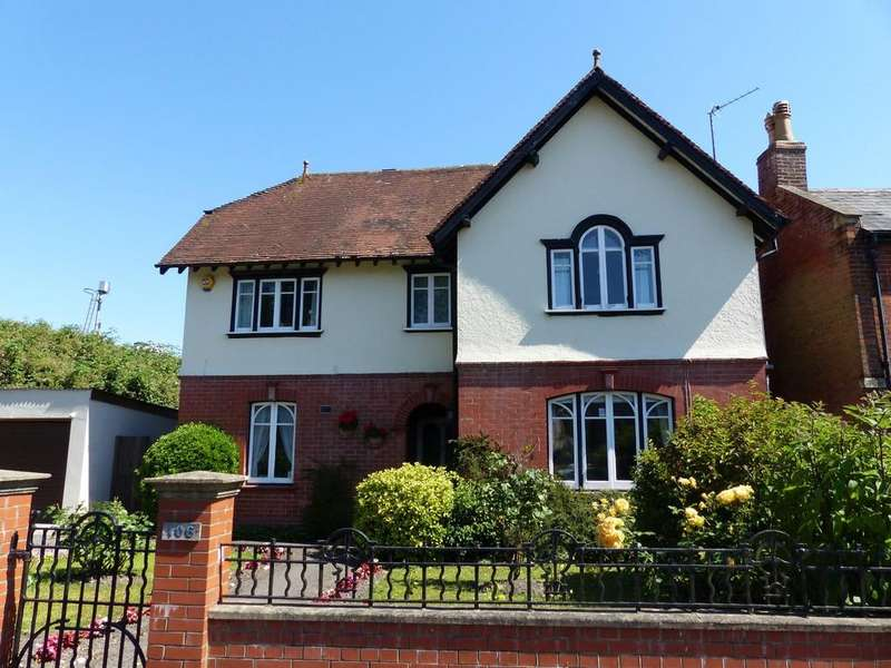 4 Bedrooms Detached House for sale in Portway, Warminster