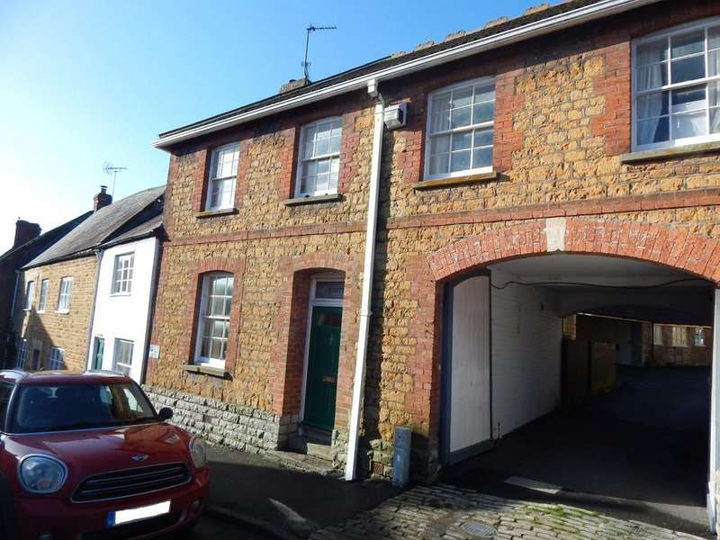 3 Bedrooms Terraced House for sale in Bailey Hill, Castle Cary