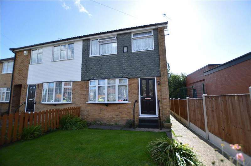 3 Bedrooms Semi Detached House for sale in Park West, Rothwell, Leeds, West Yorkshire