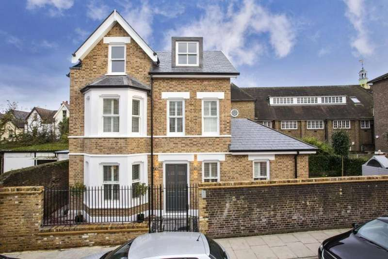5 Bedrooms Detached House for sale in St Johns Road, Richmond