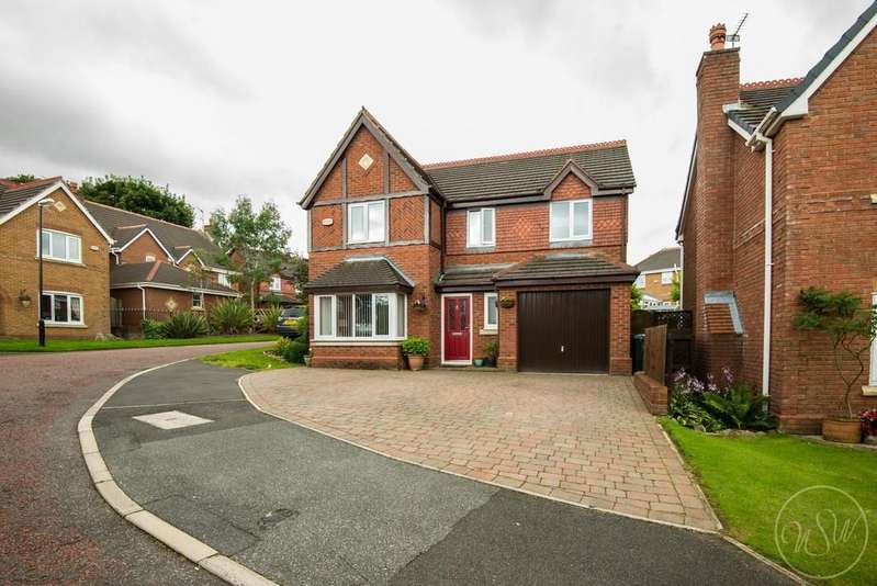 4 Bedrooms Detached House for sale in Galloway Drive, Upholland