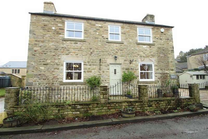 3 Bedrooms Detached House for sale in Finghall, Leyburn