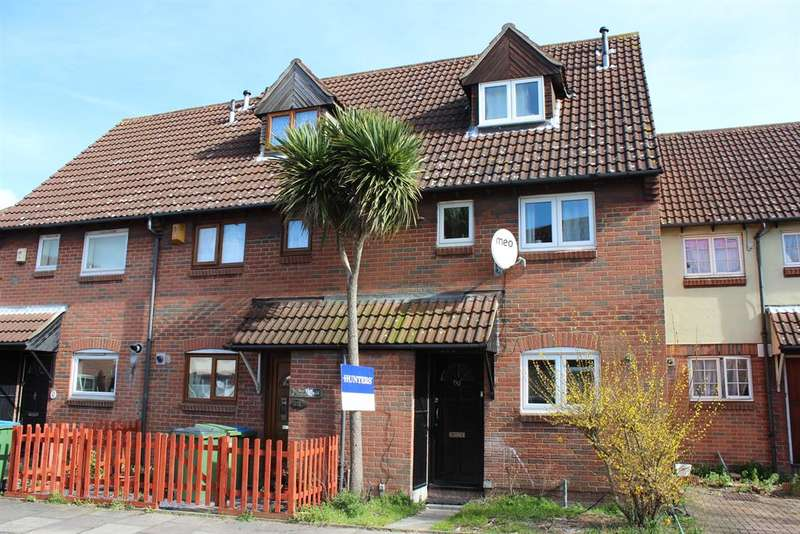 3 Bedrooms Terraced House for sale in Nickleby Close, Thamesmead, London, SE28 8LY