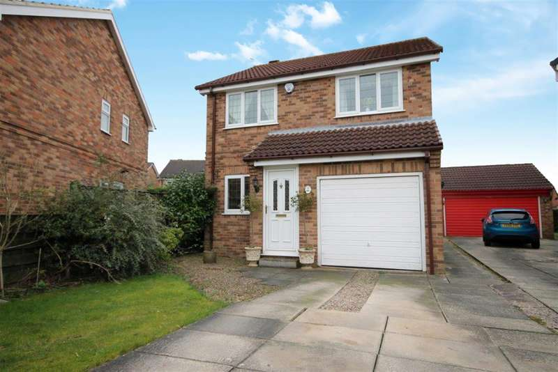 3 Bedrooms Detached House for sale in Loxley Close, York, YO30 4XQ