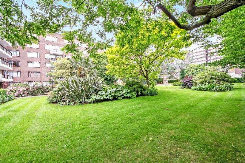 3 Bedrooms Apartment Flat for sale in The Quadrangle, London, W2