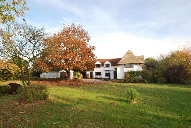5 Bedrooms Cottage House for sale in Lower Green Road, Blackmore End, Braintree, Essex, CM7