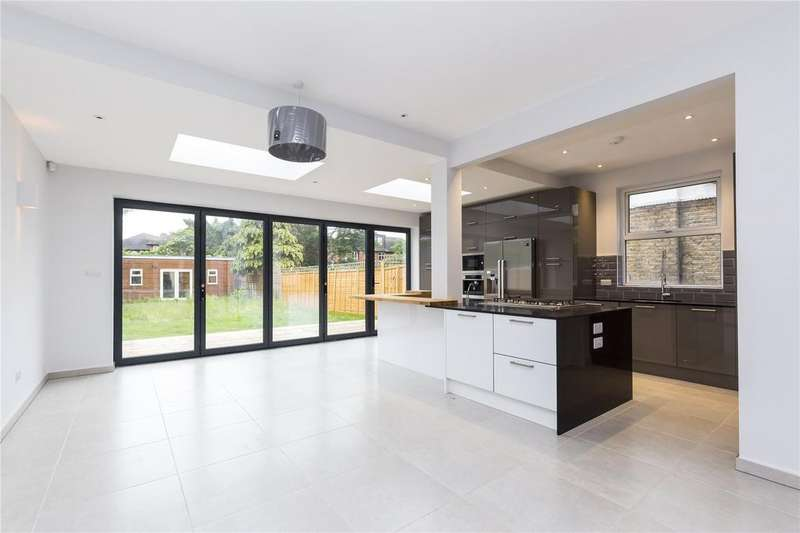 4 Bedrooms House for sale in Mortlake Road, Kew, Surrey