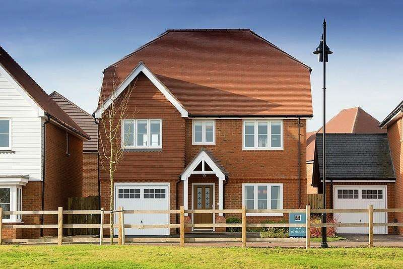 4 Bedrooms Detached House for sale in Cross Acres, Bersted Park, Bognor Regis, PO21
