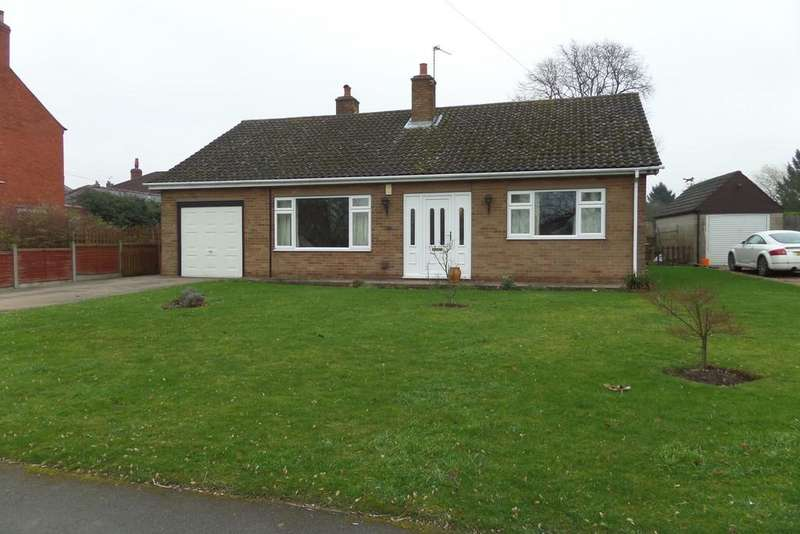 3 Bedrooms Detached Bungalow for sale in Station Road, Blyton