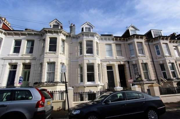 2 Bedrooms Apartment Flat for sale in Stanford Road Brighton