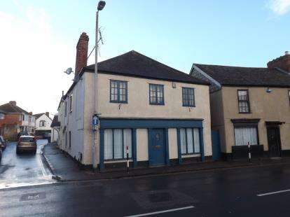 2 Bedrooms Flat for sale in Alphington, Exeter, Devon