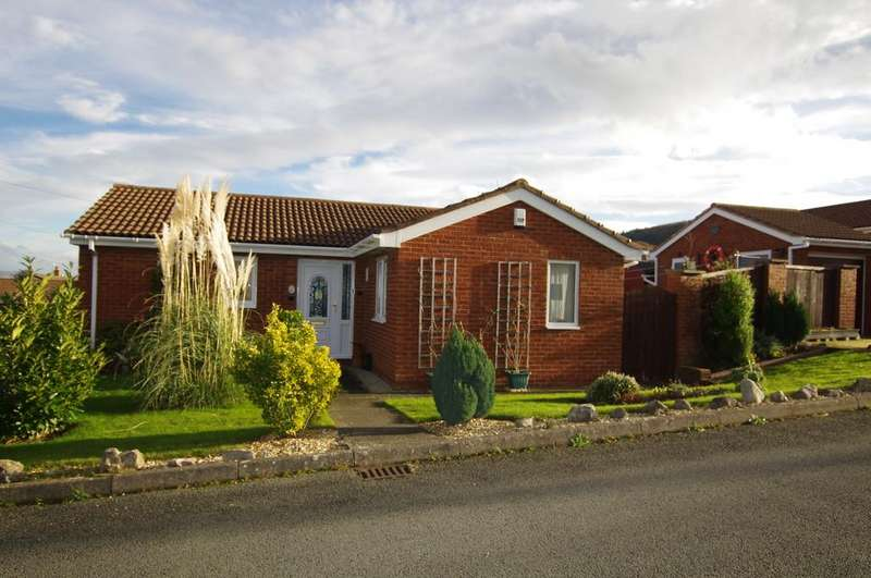 2 Bedrooms Detached Bungalow for sale in Erw Goch, Abergele