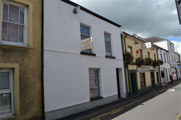 3 Bedrooms Apartment Flat for sale in Water Street, Carmarthen