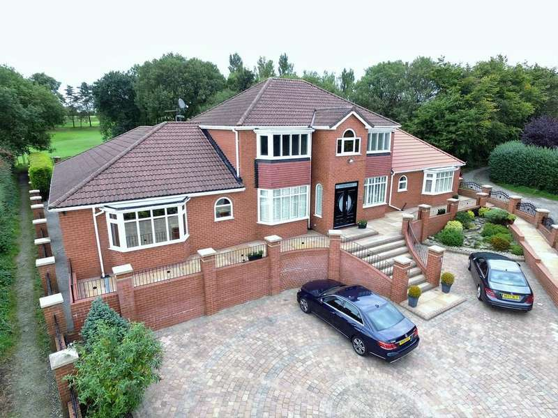 5 Bedrooms Detached House for sale in The Fairways, 199 High Barn Road, Royton
