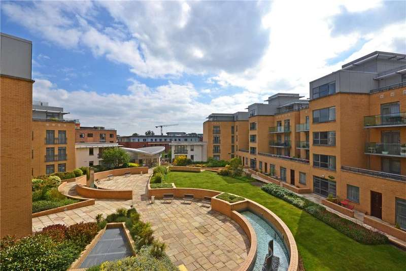 2 Bedrooms Apartment Flat for sale in The Belvedere, Homerton Street, Cambridge, CB2