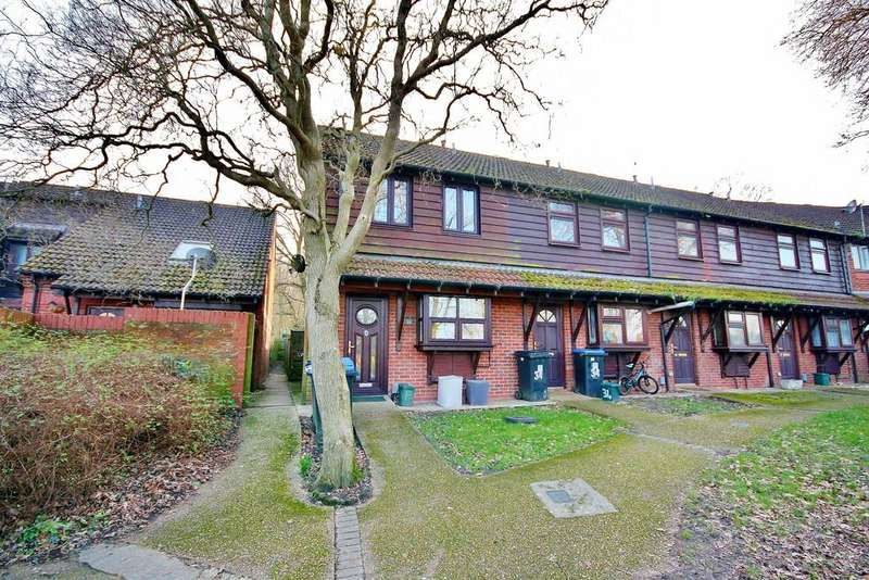3 Bedrooms End Of Terrace House for sale in Goldsworth Park, Surrey