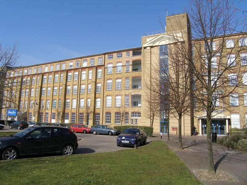 1 Bedroom Apartment Flat for sale in Durrant Court, Brook Street, Chelmsford, Essex, CM1