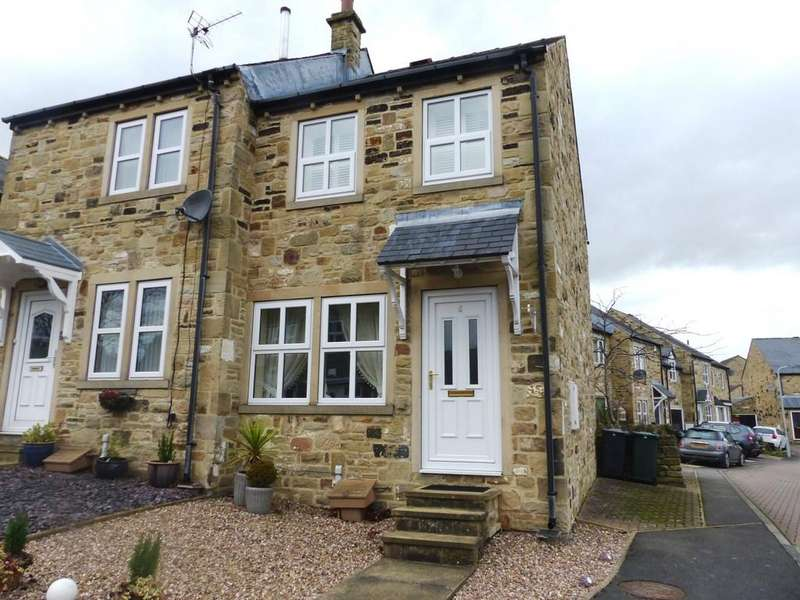 3 Bedrooms Semi Detached House for sale in The Fairways, Low Utley