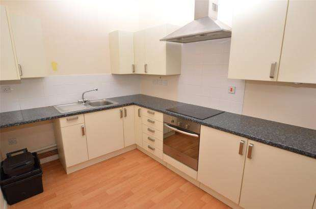 1 Bedroom Flat for sale in St Marychurch Road, Plainmoor, Torquay, Devon